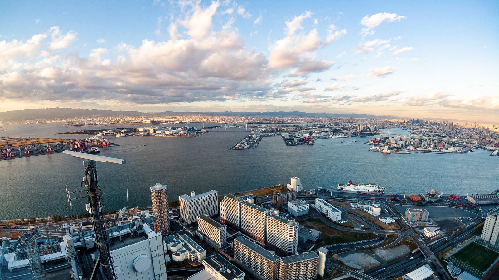 「大阪府咲洲庁舎展望台からの眺望」の写真
