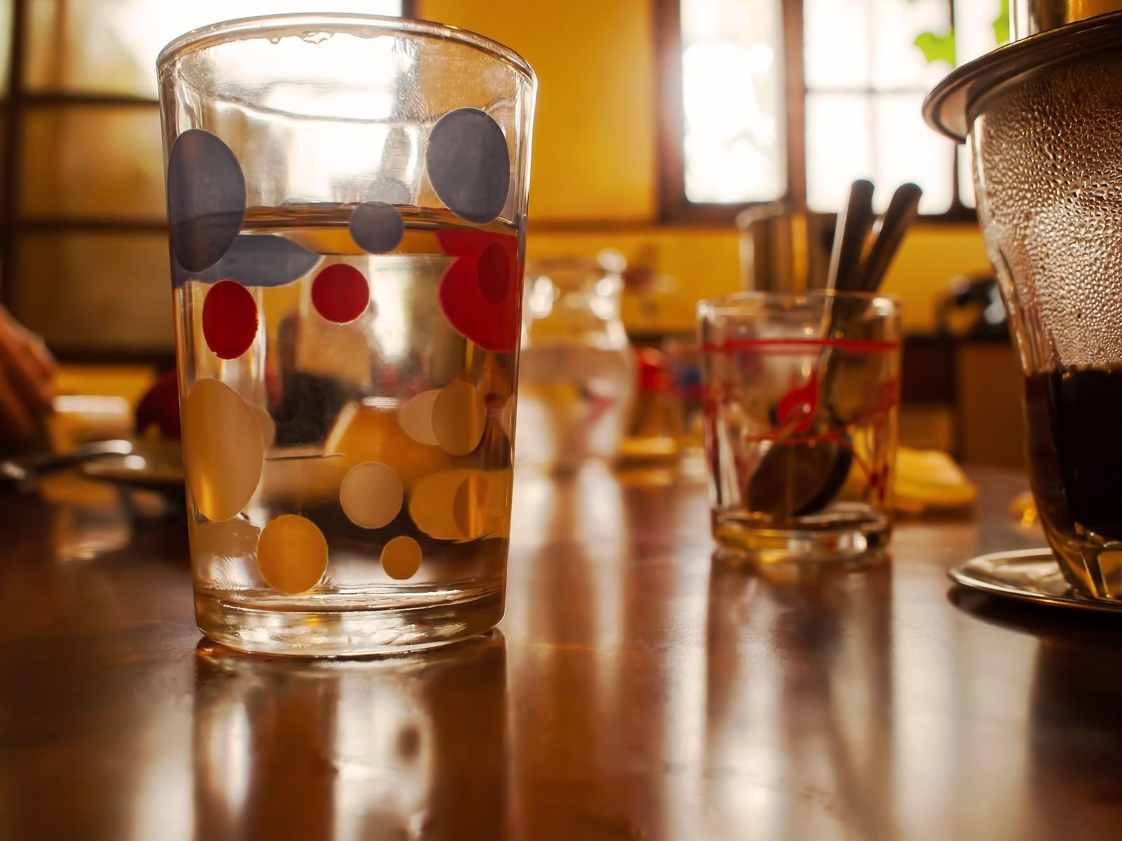 「カフェのワンシーンカフェのワンシーン」のフリー写真素材を拡大
