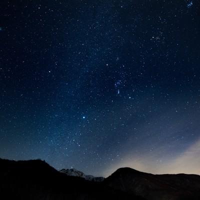 「星空がキレイな北アルプス」の写真素材