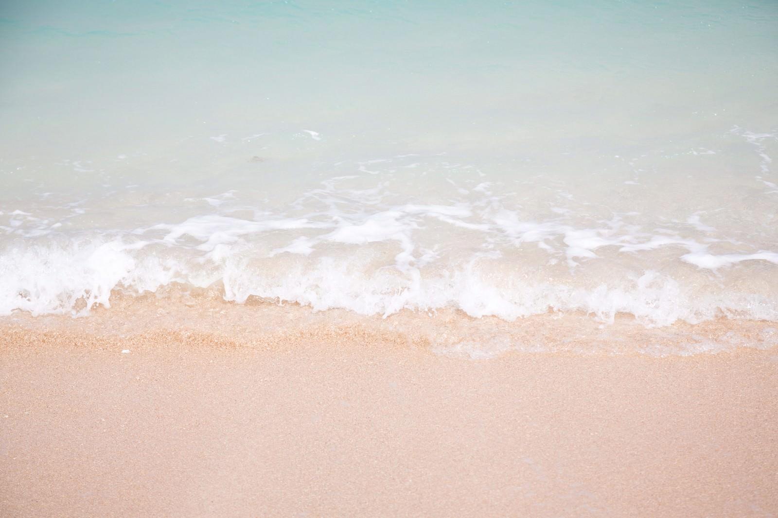 「南国の海(波打ち際)」の写真