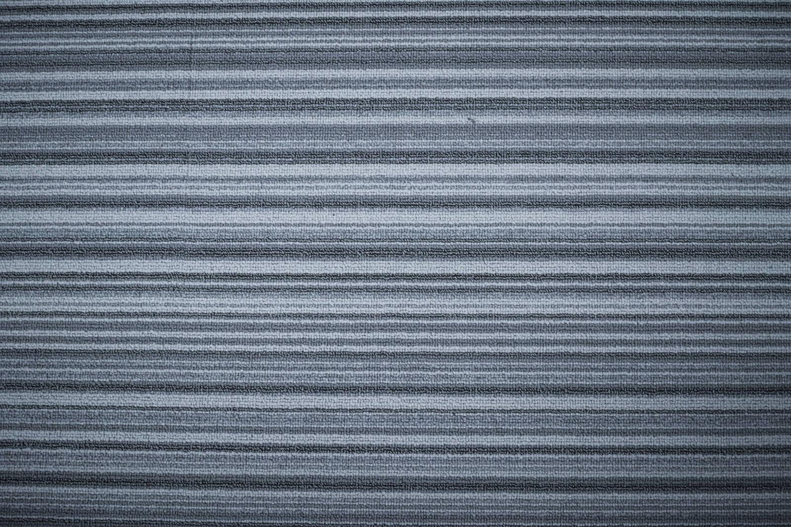 「縦模様のカーペット(テクスチャ)」の写真