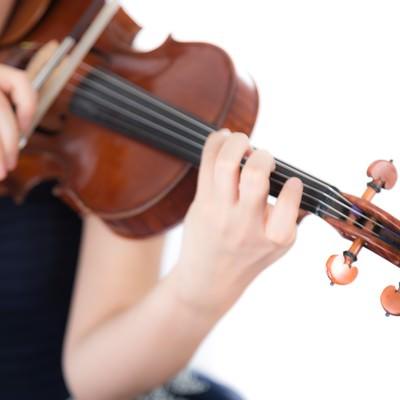 「演奏中の手元」の写真素材