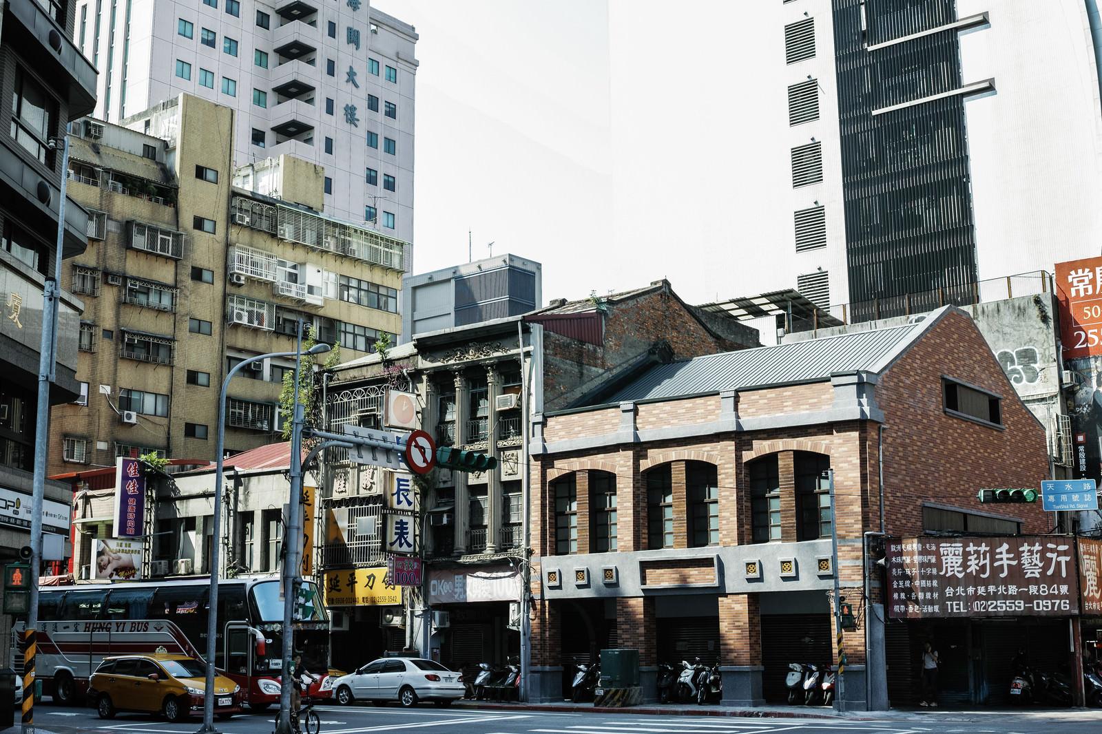 「タイペイの市街地(台湾)」の写真