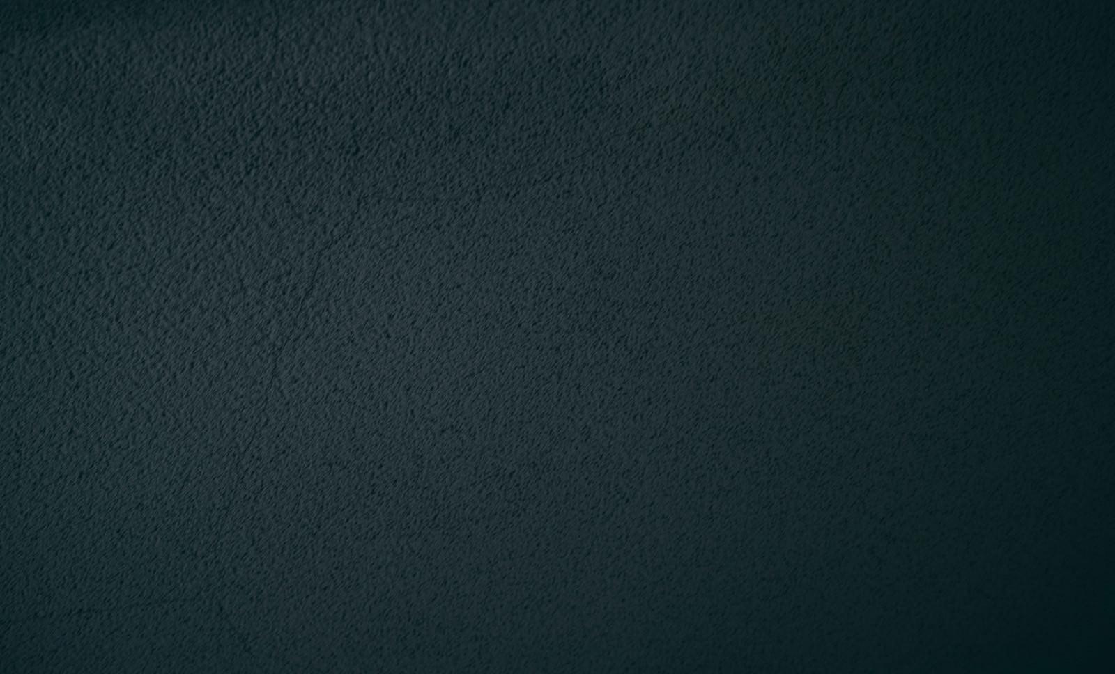「暗闇の中の壁」の写真