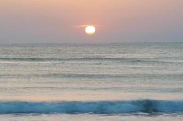 一宮海岸の朝日(千葉県一宮町)の写真
