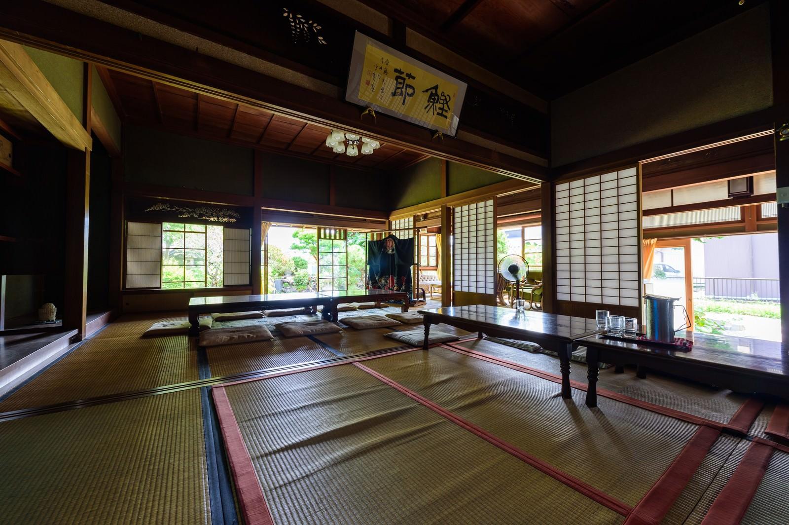 「歴史を感じる旧寿屋本家の畳の間(千葉県一宮町)」の写真