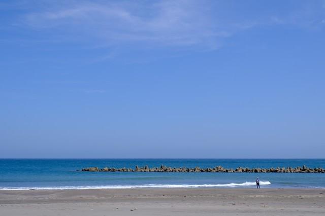 一宮海岸と青空(千葉県一宮町)の写真