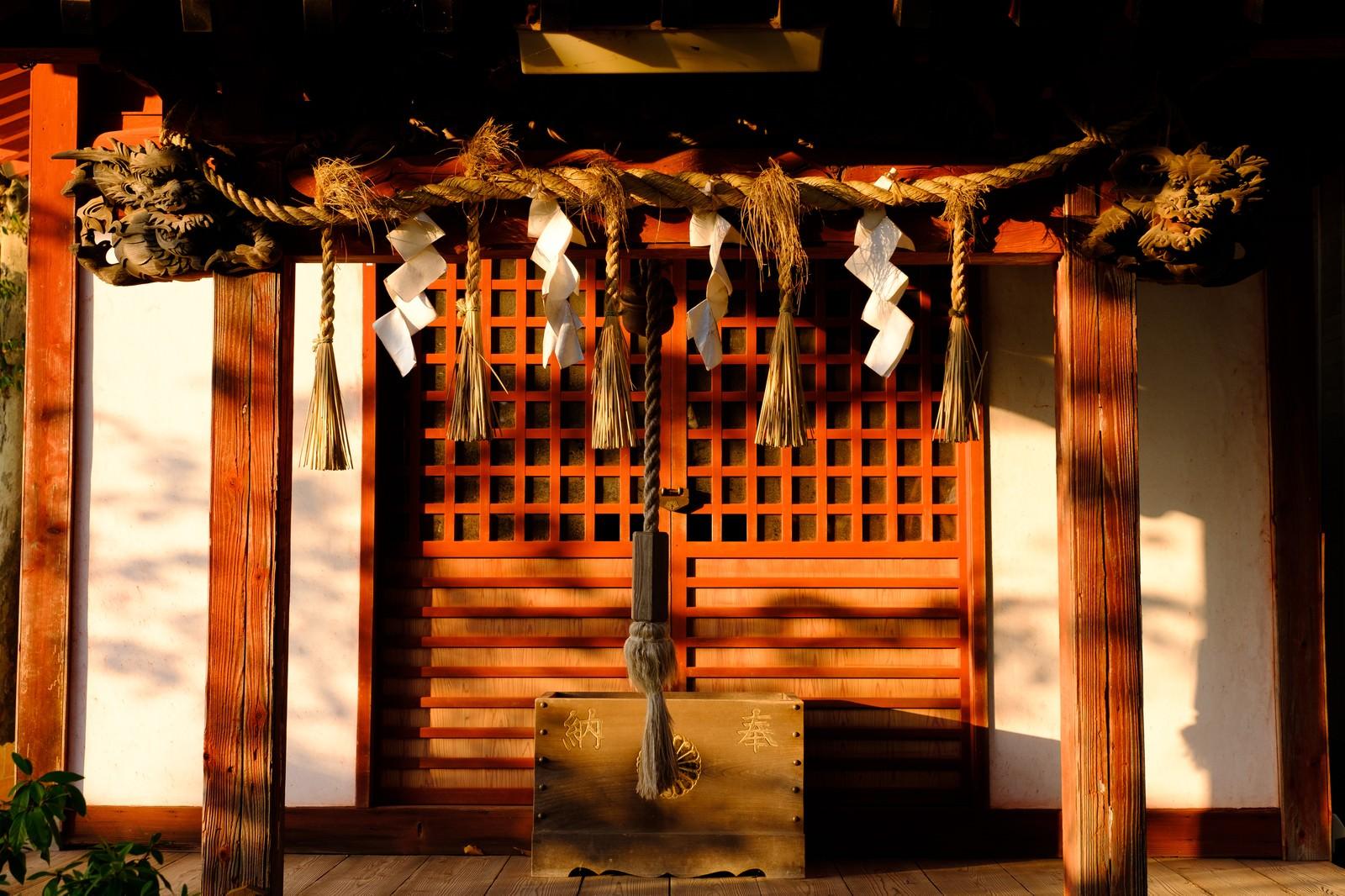 「玉前神社境内にある十二神社(千葉県一宮町)」の写真