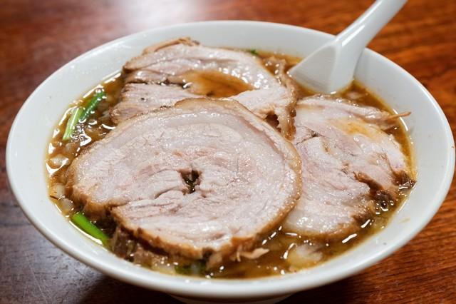 ご当地ラーメンの蘭州麺(お食事処やちよ)の写真