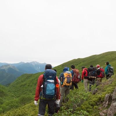 「乗鞍新登山道から見る西鎌尾根」の写真素材