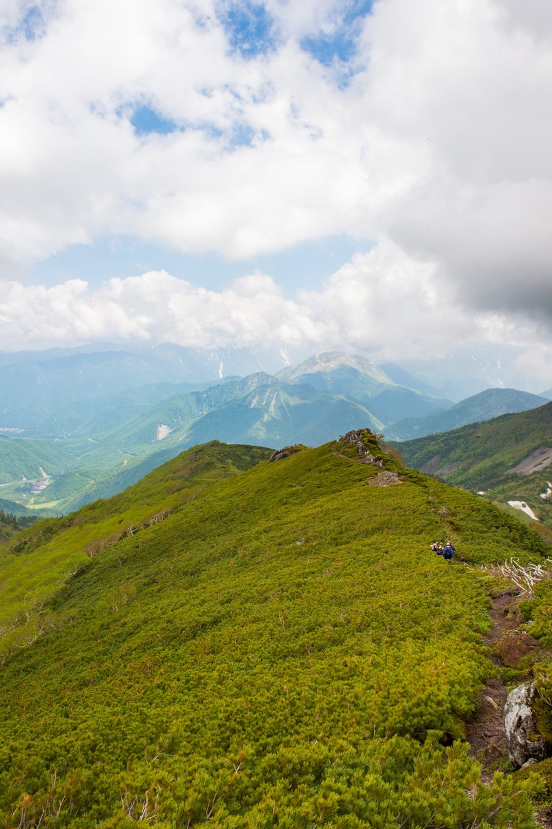 「乗鞍新登山道の稜線歩き」の写真