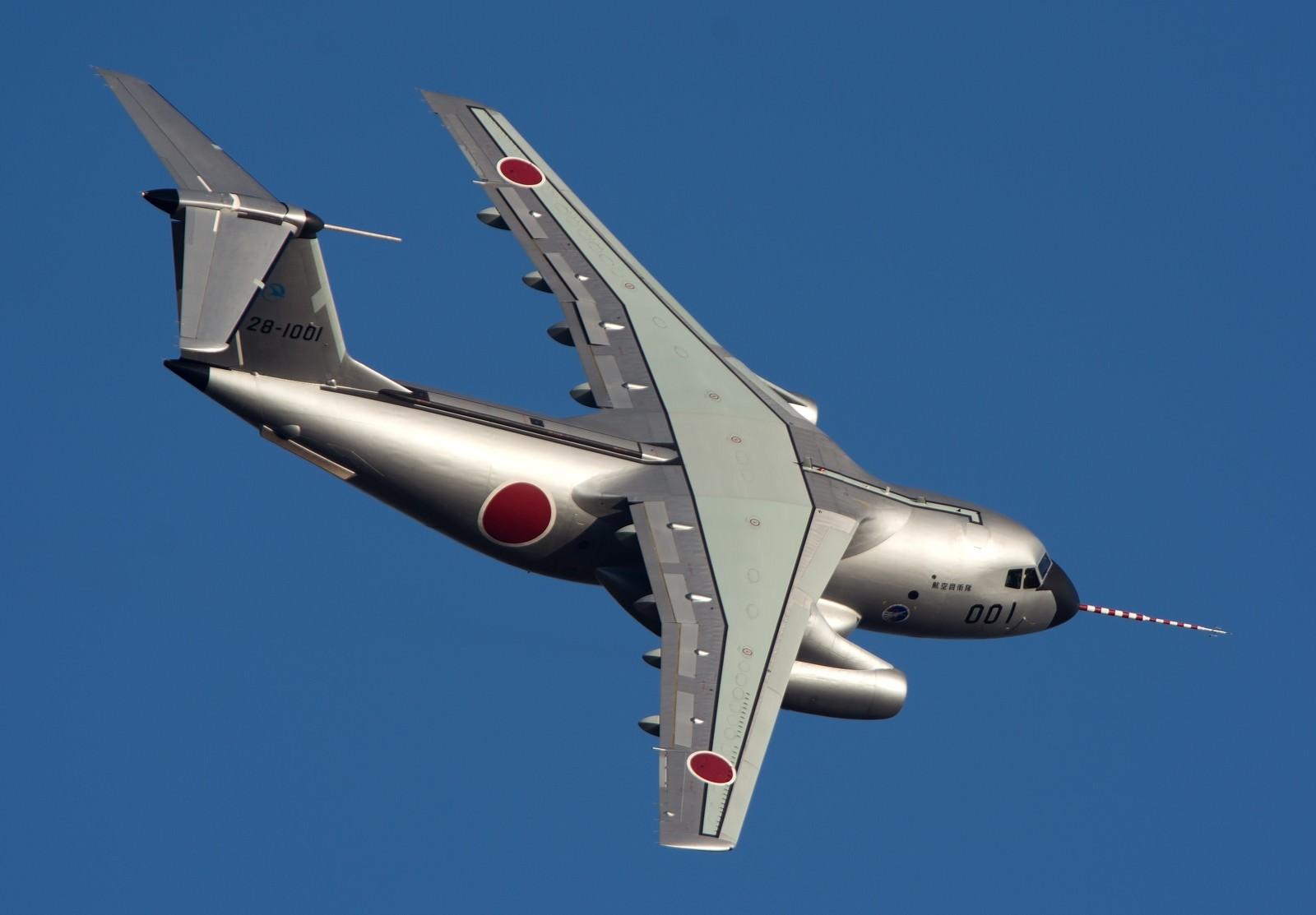 「その輝き、その姿唯一無二!銀翼のユニコーン C-1」の写真