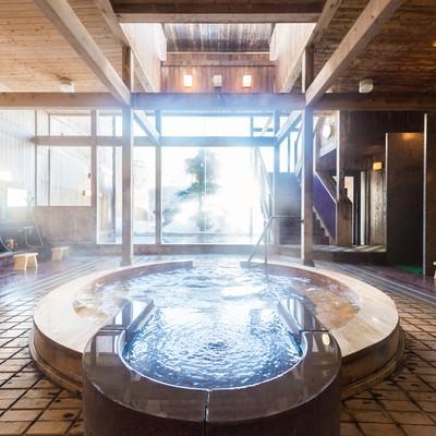 「「岡田旅館」の源泉かけ流しジャグジー温泉」の写真素材