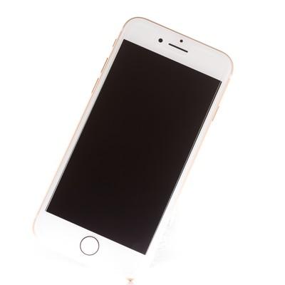 「ハメコミ合成がしやすいスマートフォンの画像」の写真素材