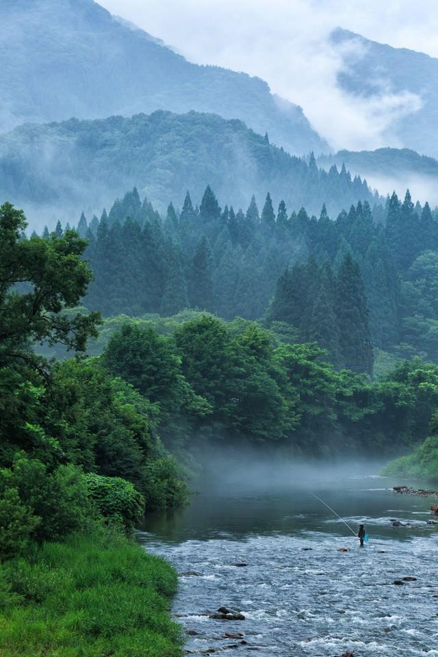 渓流釣りの写真