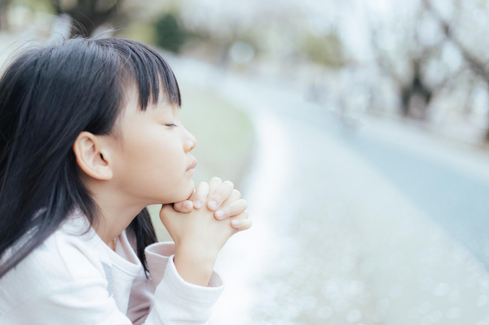 「神様一生のお願いです」の写真[モデル:あんじゅ]
