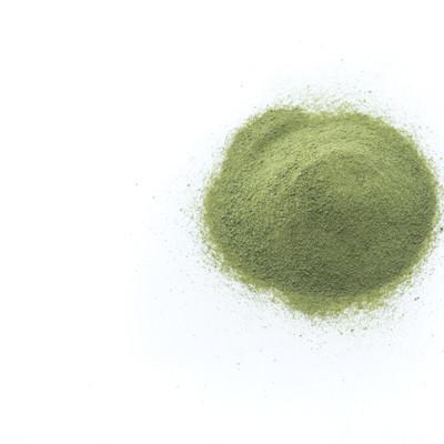 「粉末状になった青汁」の写真素材