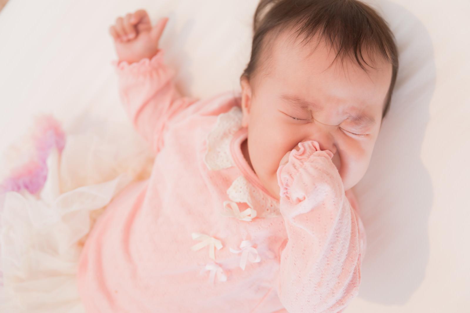 「ギャン泣き赤ちゃん」の写真[モデル:めぐな]