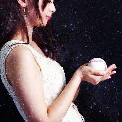 「野球の女神様」の写真素材