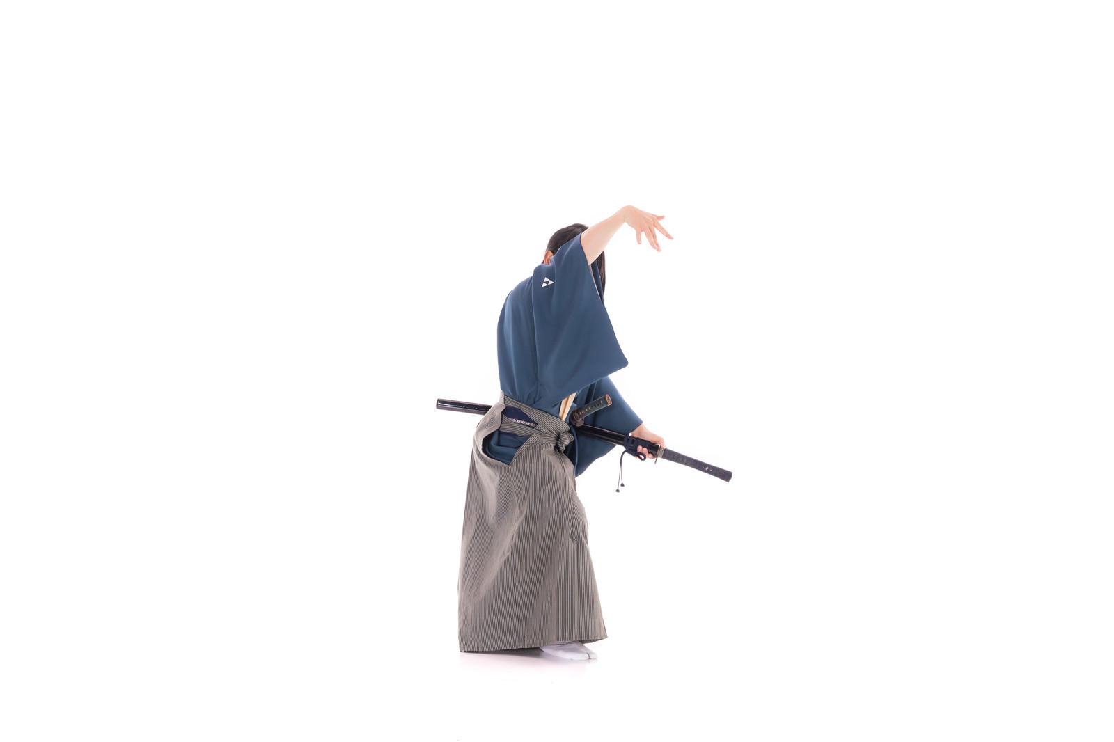 「散手(ばらて)」の写真[モデル:まーこ]