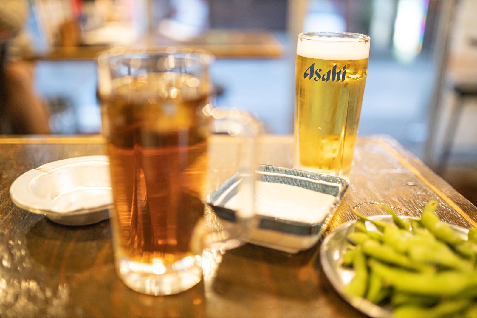 「とりあえずの生ビールとウーロンハイ」の写真