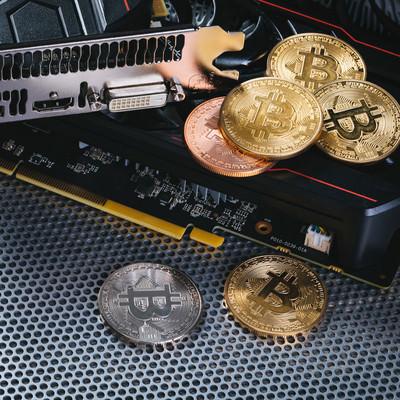 グラフィックボードでマイニングしてビットコインを稼ぐの写真