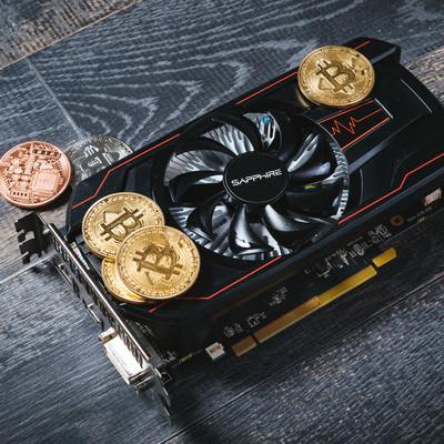 仮想通貨(ビットコイン)とグラフィックボードの写真