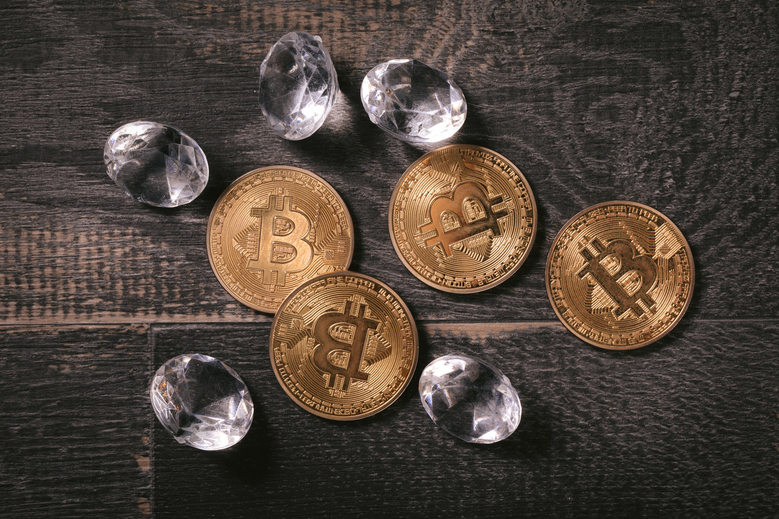 「ハードフォークで分裂したビットコインダイヤモンド」の写真