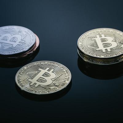 「高値更新を続けるBitcoin(ビットコイン)」の写真素材