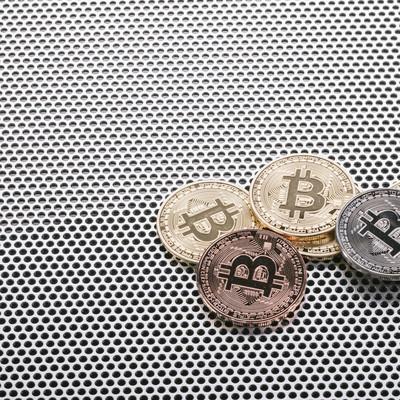 「注目されるビットコイン市場」の写真素材