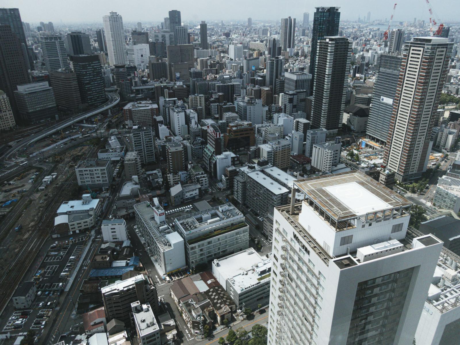 「開発が進む梅田の景観」の写真