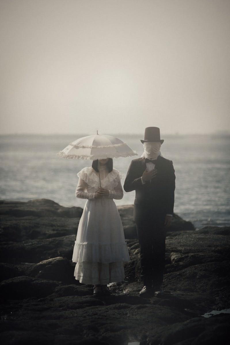 「正体不明のカップル」の写真