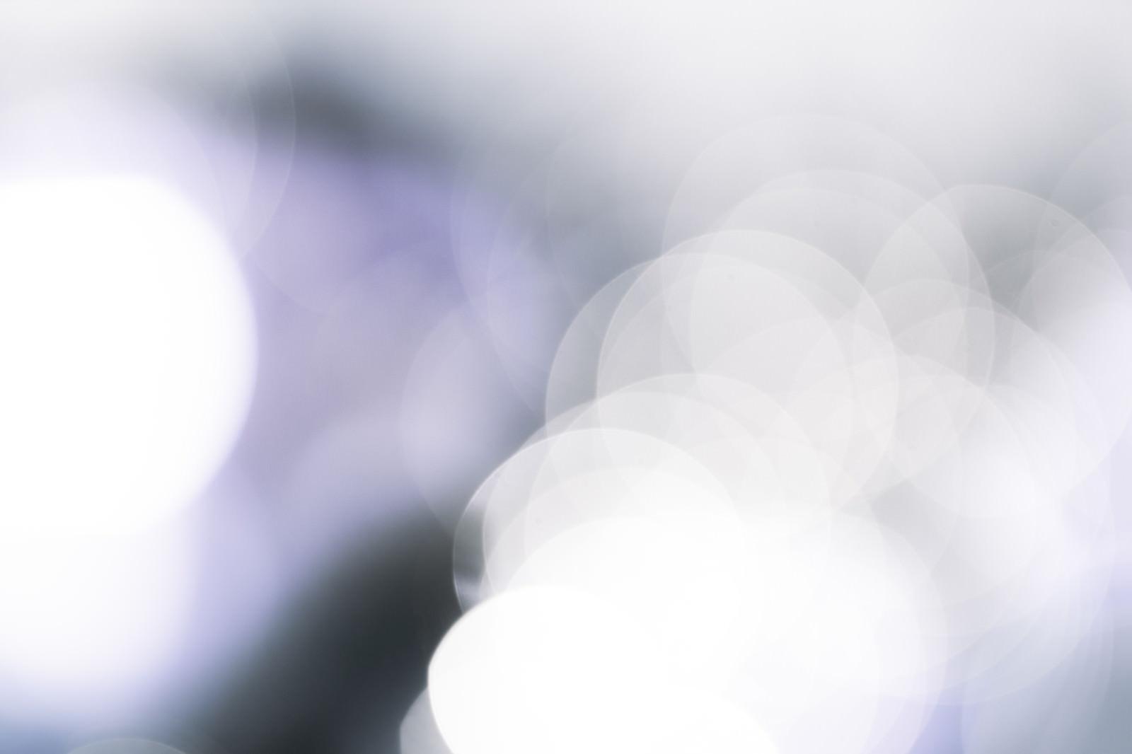 「冷たい光(丸ボケ)」の写真