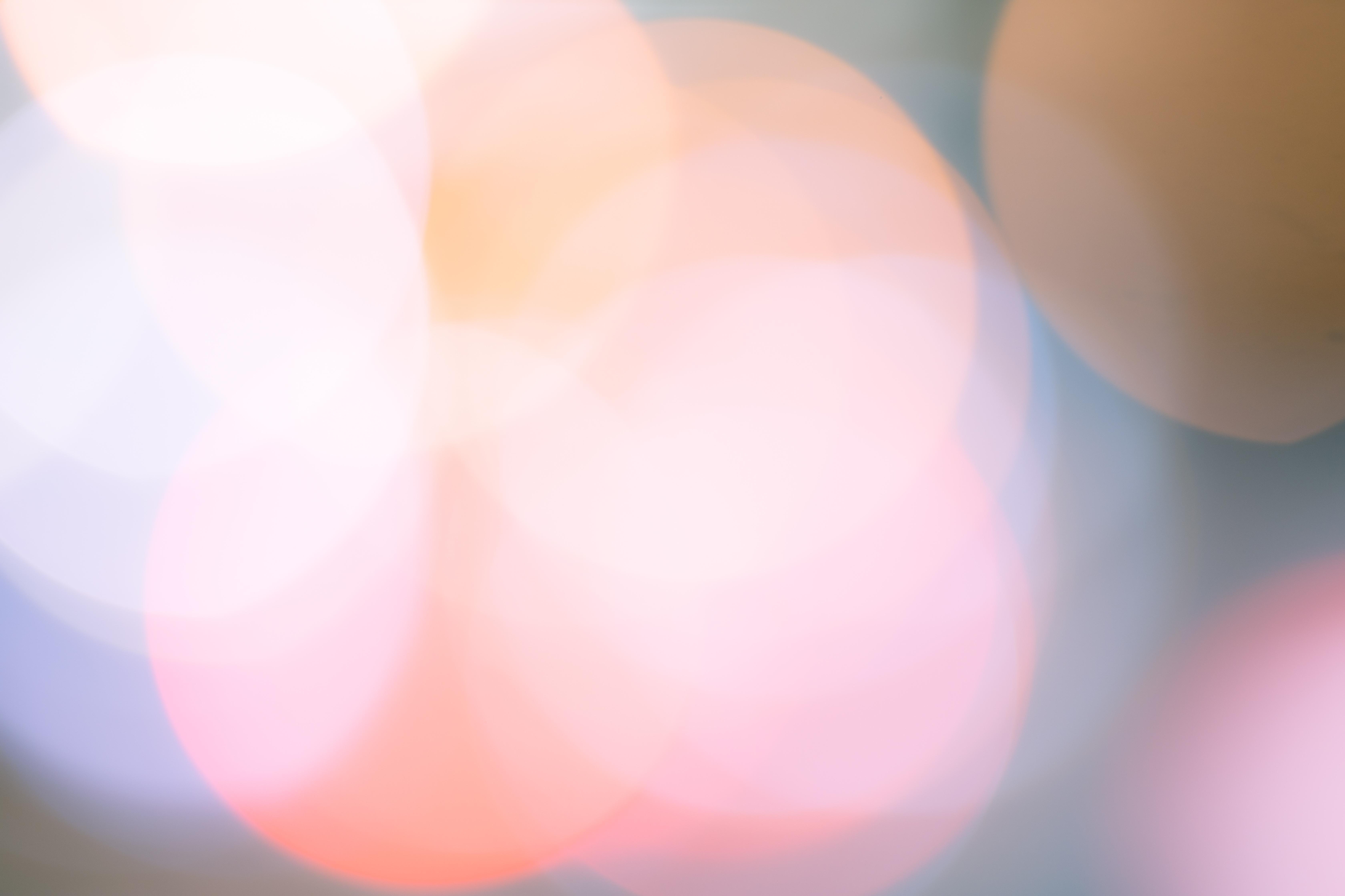 色あせた丸ボケの写真