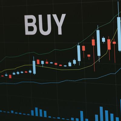 「買い時を知らせる自動売買」の写真素材