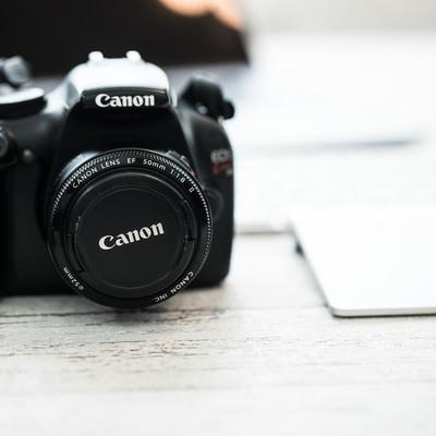 Canonのデジタル一眼レフカメラの写真