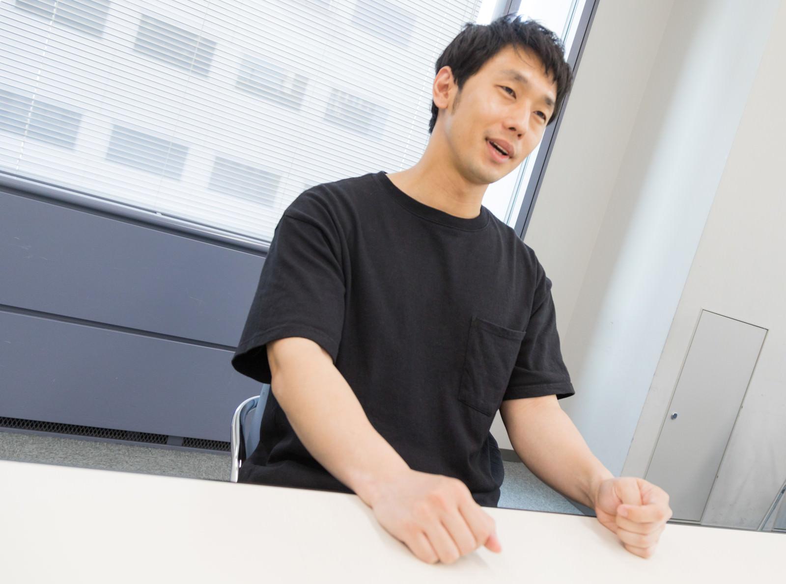 「好きなことで生きている動画投稿者へのインタビュー」の写真[モデル:大川竜弥]