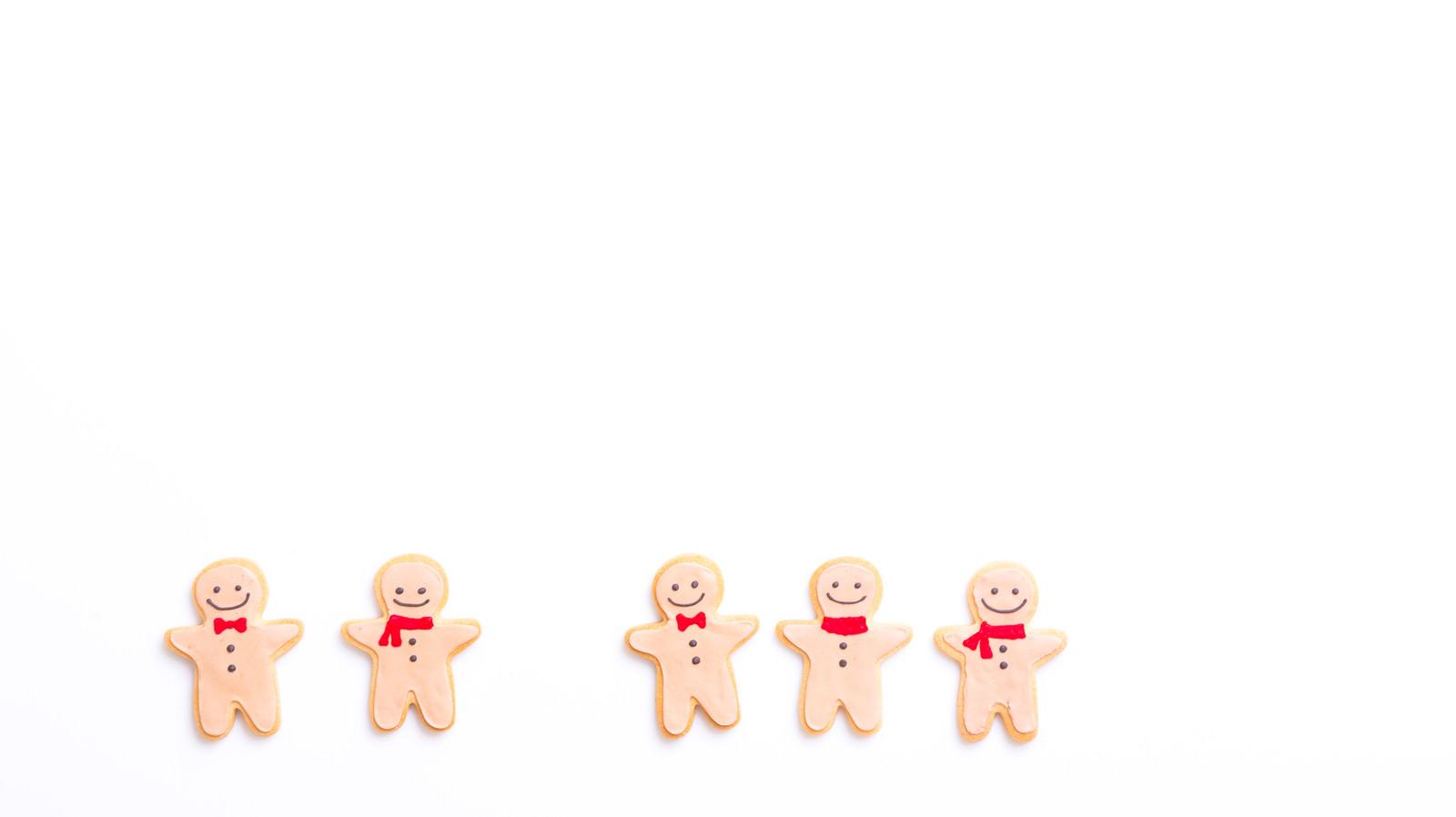 「意見が割れて多数決(アイシングクッキー)意見が割れて多数決(アイシングクッキー)」のフリー写真素材を拡大