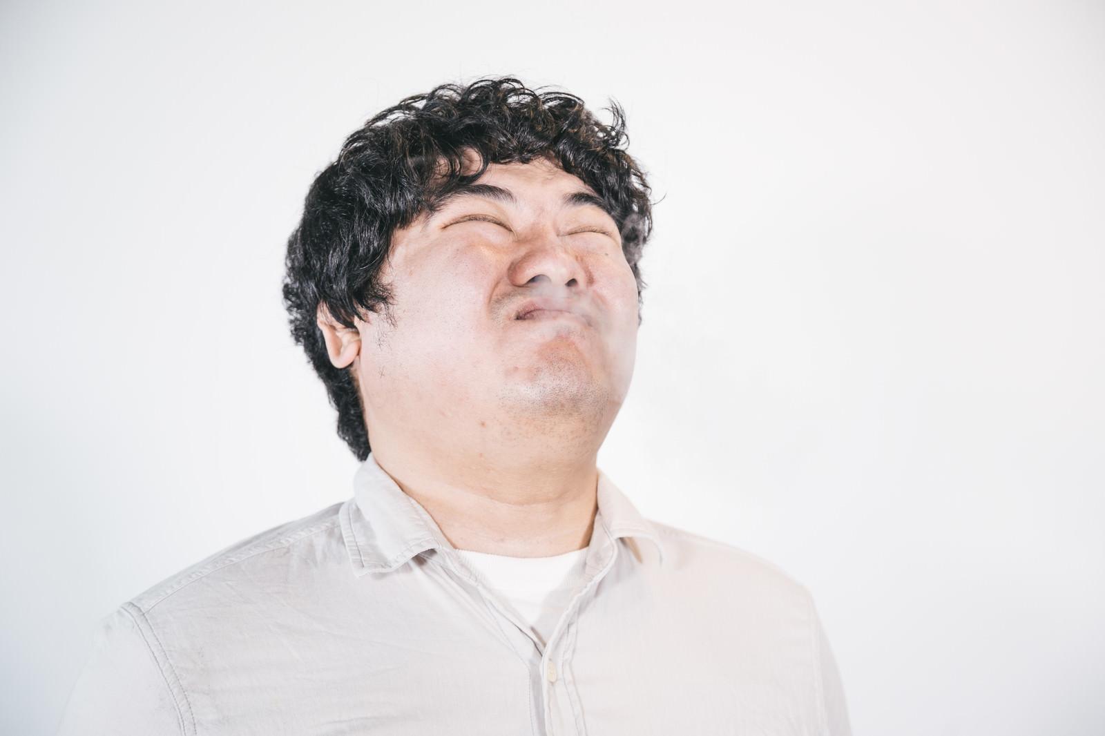「スーハー」の写真[モデル:段田隼人]