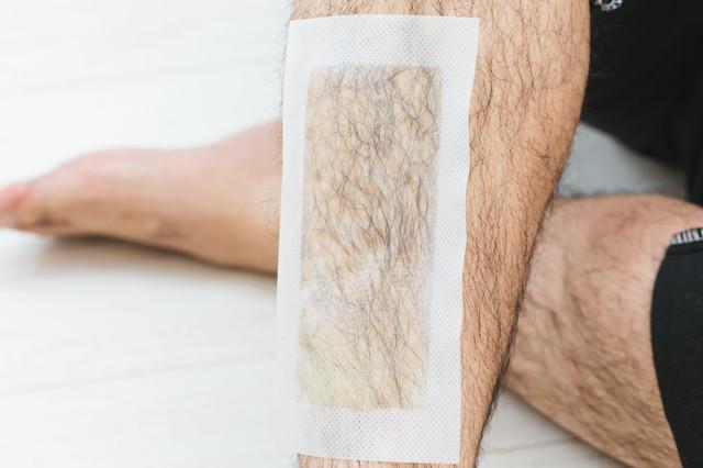 表面からも確認できる脱毛シートの粘着面の写真