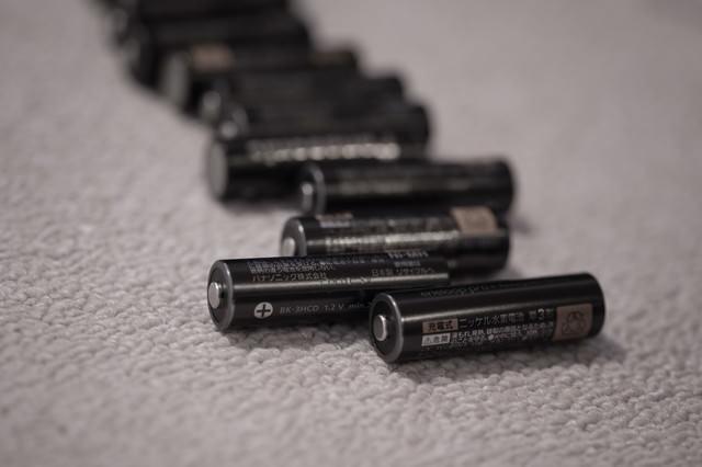 単3形の乾電池の写真