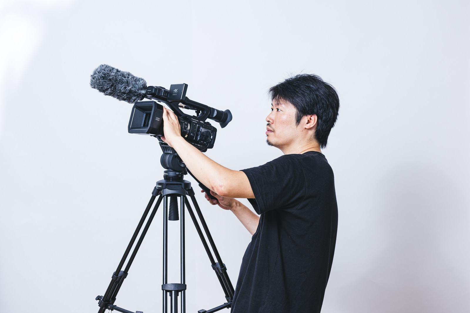 カメラ 三脚 ビデオ