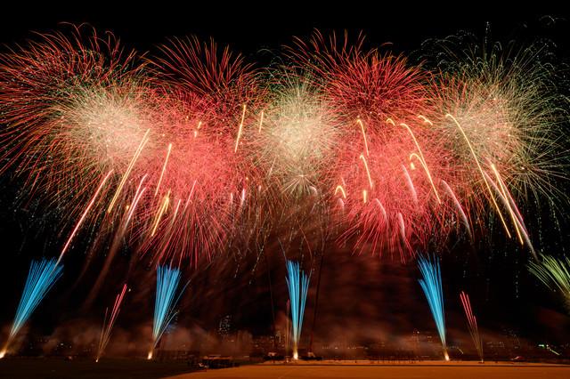 第44回 江戸川区花火大会の打ち上げの様子の写真