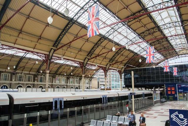 ロンドンの鉄道駅の写真