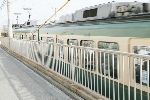 緑の車両、江ノ電の写真