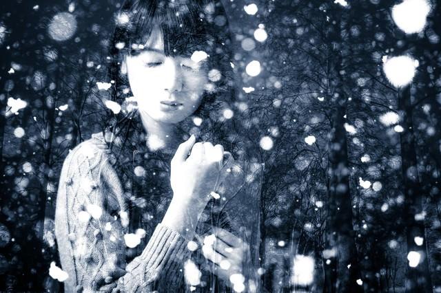 雪が降る度に思い出す(フォトモンタージュ)の写真