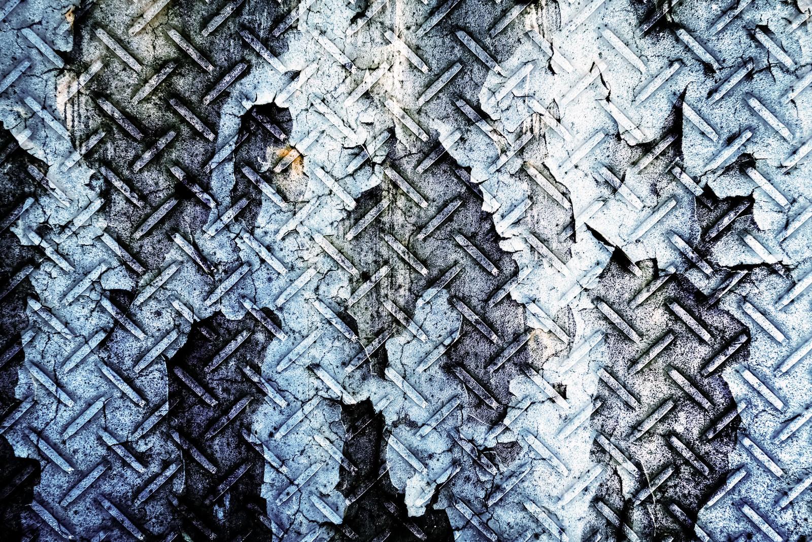 「剥がれた塗装と金属(フォトモンタージュ)」の写真