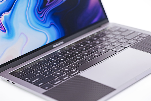 MacBook Pro 2018 キーボードの写真