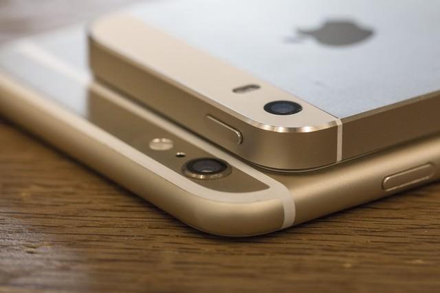 スマートフォンのカメラ部分の写真