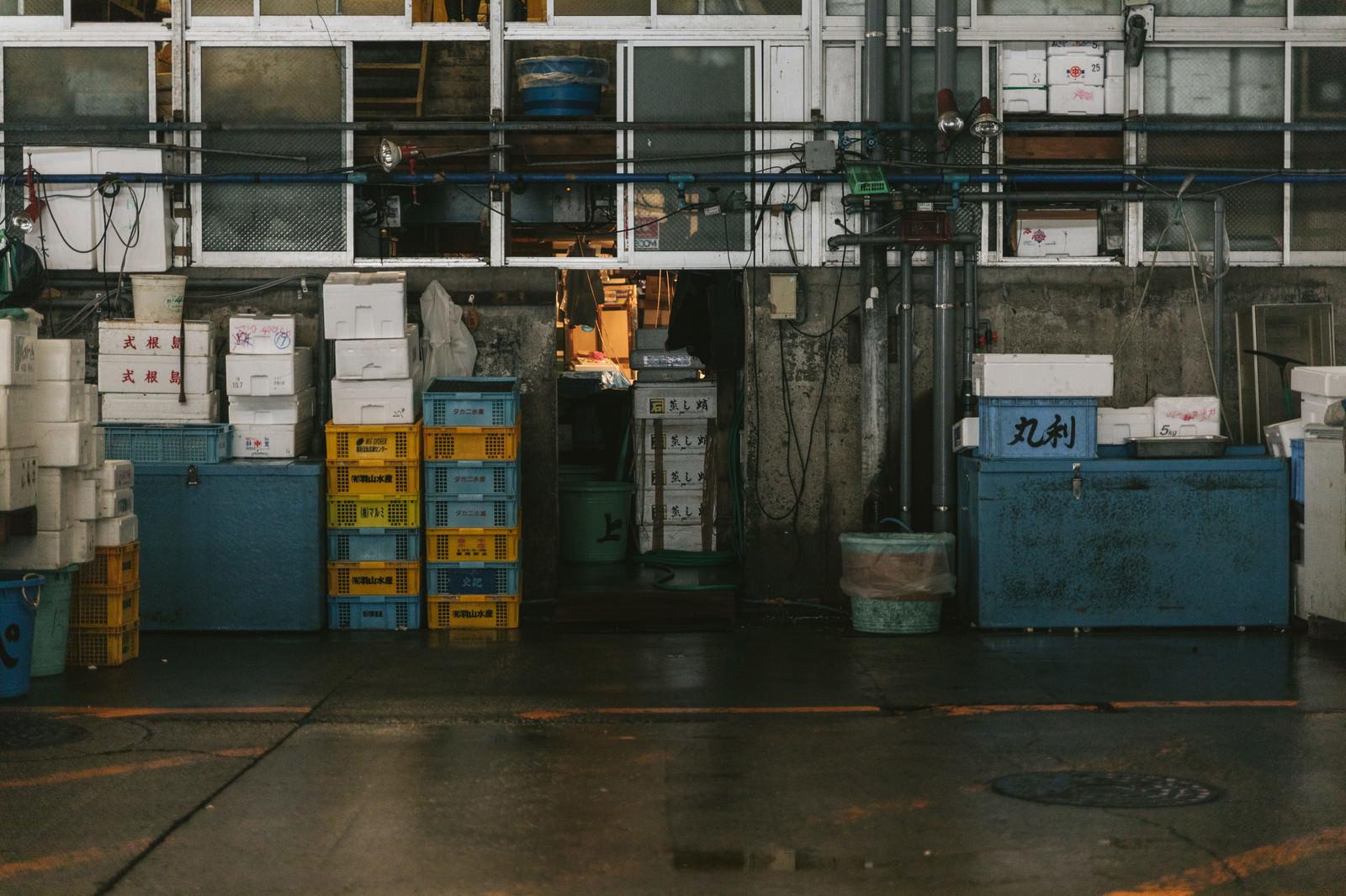 「移転はいつになるのか・・・東京築地市場」の写真